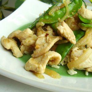 Garlic-Chicken-Snow-Pea-Stir-Fry-1024x767